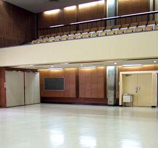 中ホールの2階席